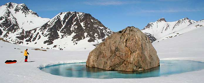 Visiting Greenland, ski and pulk expedition in the Ammassalik area